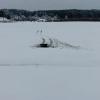 Водитель внедорожника ушел под лед вместе с машиной в Омской области