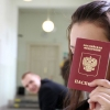 В Омске крымских молодожёнов превратили в россиян
