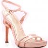 Женская обувь в ассортименте