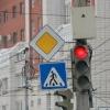 В Омске светофор на проспекте Карла Маркса изменит работу с учетом дорожной ситуации