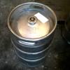 Омич похитил из магазина 50-литровый кег с пивом