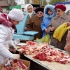 На омских ярмарках из-за жары запретили продавать скоропортящиеся продукты