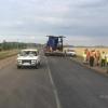 Под Омском водитель «шестерки» сбил дорожников и скрылся с места ДТП