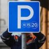 Омский магазин сделал у себя платную парковку