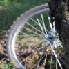 В омском дворе сбили юного велосипедиста