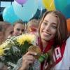 «Золотую» омскую гимнастку Веру Бирюкову в аэропорту встретило много поклонников