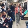Омская гимнастка решила раскрепостить себя в московском метро