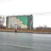 Торговый центр в Омске сталкивают с пустыря