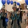 В омском ЗАГСе провели церемонию с казахскими танцами и колыбельной