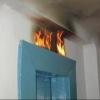 Омичи сами потушили пожар в лифте