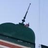Любители крыш вновь были замечены на Любинском проспекте в Омске