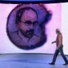 Омич нарисовал портрет Гордона на маковом зернышке