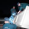 Омские спасатели повезли пять тонн воды жертвам наводнения на Алтае