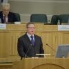 Бурков заявил, что номинальная зарплата омичей увеличивается, а реальная — нет