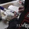 В Омске у остановки «Магистральная» нелегально продавали водку