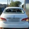 Пассажир избил омского таксиста и угнал его машину