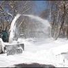 Снег уходит с улиц на полигоны