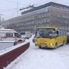 Возле ТЦ «Омский» пассажирский микроавтобус протаранил машину скорой помощи