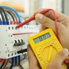 Для укрощения электричества необходим специалист