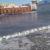 В Омской крепости начали заливать каток