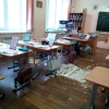 В новой омской школе вновь упала штукатурка