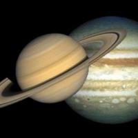 Ученые: Сатурн и Юпитер спасли жизнь на Земле