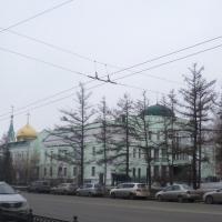 Разместившему рекламный щит на тротуаре в Омске грозит крупный штраф