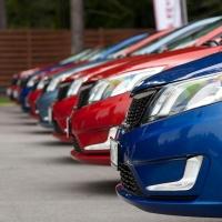 Важны ли отзывы об автосалонах и где их искать?