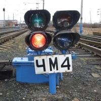 Банда омичей сдавала детали железнодорожных светофоров как цветмет
