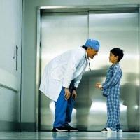 Лифты на заказ для больниц, поликлиник и крупных частных клиник