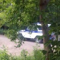 В Омске под деревом на Иртышской набережной прятали наркотики