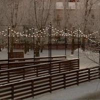 Каток-лабиринт в омском парке уже начали заливать