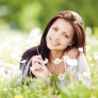 Чем полезны БАДы для женского организма?