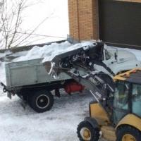 Дорожники вывезли с омских улиц в два раза больше снега, чем в прошлом году