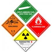 На что обратить внимание при выборе компании для перевозки опасных грузов