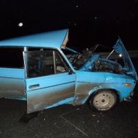 Под Омском водитель «Жигулей» не пропустил грузовик и сломал обе ноги