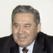Омский губернатор остается на связи