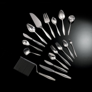 Серебряные изделия - всегда актуальный подарок
