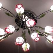 Универсальные люстры для дома