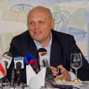 Назаров не будет давить на Двораковского