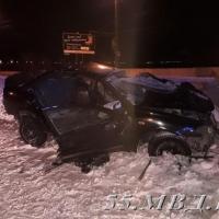 Девушка за рулем «Ниссана» погибла от столкновения с бетонным препятствием в Омске