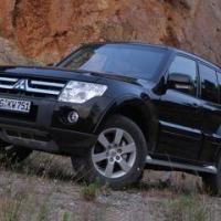 Mitsubishi Pajero IV заслуживает вашего внимания?