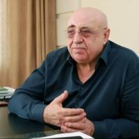 Главврач омской МСЧ-9 заявил, что медицина в итоге станет платной