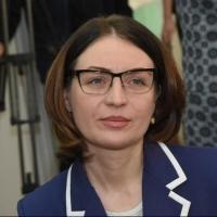 Фадина подарила омскому музею картину с 3D-эффектом