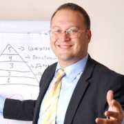 """Омские бизнесмены освоят """"Эффективную систему продаж"""""""