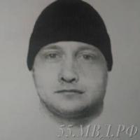 Омская полиция разыскивает «мастера по окнам», ограбившего пенсионерку (фото)