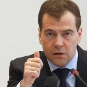 Медведев добавил Омску на детские сады 600 миллионов
