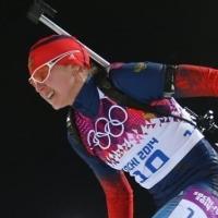 Омские власти хотят обжаловать лишение биатлонистки Романовой медали