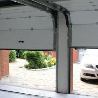 Автоматические ворота для гаража - особенности эксплуатации и тонкости выбора