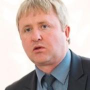 Директор депимущества Омска рассказал о заме, задействованном в уголовном деле